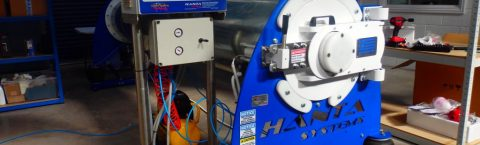 Ακαριαία αποβολή του νερού και στέγνωμα των χαλιών μέσα σε ελάχιστο χρόνο χάριν στα τελευταίας τεχνολογίας μηχανήματα φυγοκεντρισμού της θυγατρικής εταιρίας Hanta Systems Company